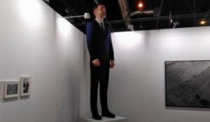 Felipe VI statue